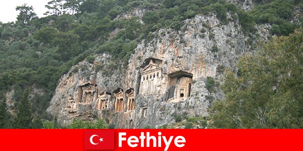 Bandar Fethiye di barat daya Turki