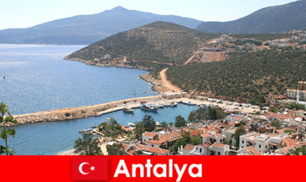Pantai di Turki Antalya