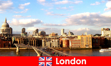 Aktiviti riadah untuk pelancong di bandaraya London of England