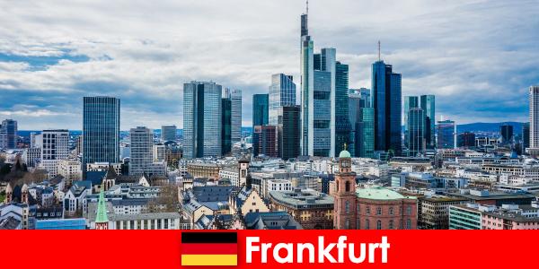 Tarikan pelancongan di Frankfurt, metropolis untuk bangunan bertingkat tinggi