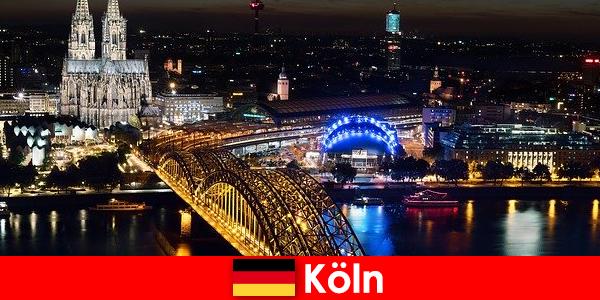Muzik, kebudayaan, sukan, parti bandar Cologne di Jerman untuk semua peringkat umur