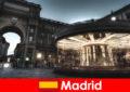 Madrid terkenal kerana kafe dan Penjual jalan yang percutian bandar adalah berbaloi