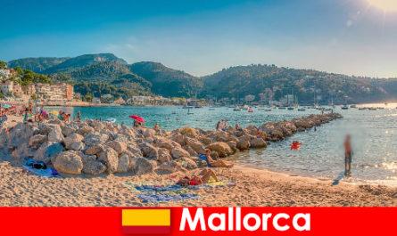 Mallorca dengan parti yang terkenal di dunia dan pantai yang indah