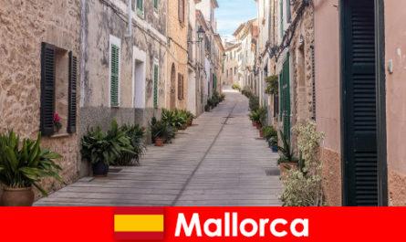 Syurga untuk pelancong sukan di Mallorca dalam landskap dan pantai semulajadi