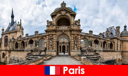 Tarikan dan tempat menarik di Paris untuk penggemar seni dan cerita