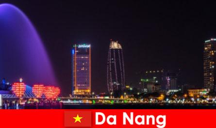 Da Nang bandar yang mengenakan untuk pendatang baru ke Vietnam
