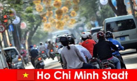 Ho Chi Minh City HCM atau HCMC atau HCM City terkenal sebagai Chinatown
