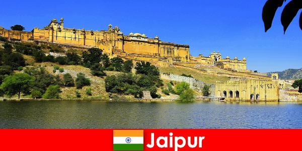 Orang asing di Jaipur suka Pasir Kuil yang Maha Kuasa