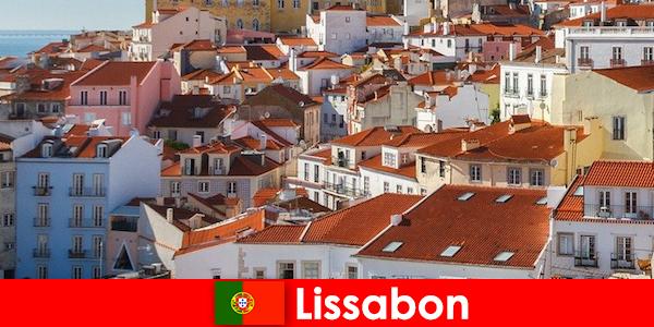Lisbon bandar tepi pantai destinasi atas dengan matahari pantai dan makanan yang lazat