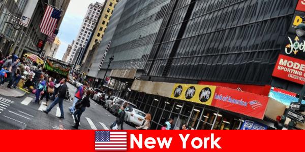 Berjalan kaki dalam antara tarikan baru di New York