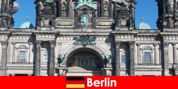 Berlin walaupun Covid 19 tarik pelancong baharu dari seluruh dunia