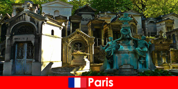 Lawatan Eropah untuk pencinta perkuburan dengan tapak pengebumian yang luar biasa di Perancis Paris