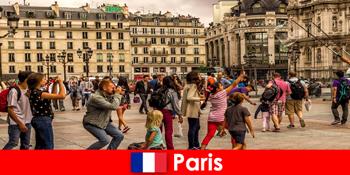 Kebanyakan orang yang tidak dikenali datang ke Paris untuk mengenali satu sama lain