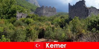 Kaji perjalanan ke runtuhan purba ke Turki Kemer untuk peneroka