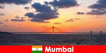 Pelancong ke Asia bersemangat dengan kemodenan dan tradisi di Mumbai India