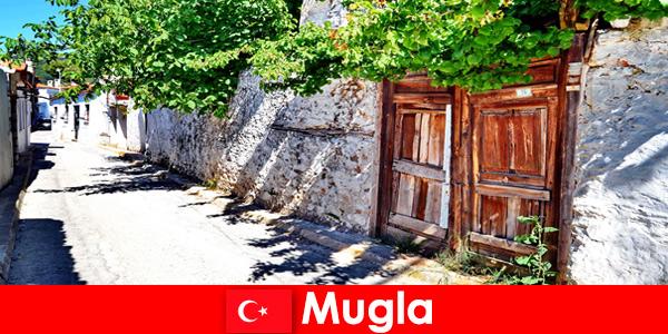 Kampung-kampung yang indah dan penduduk tempatan yang ramah mengalu-alukan pelancong ke Turki Mugla