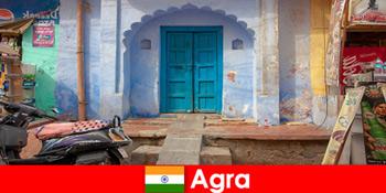 Lawatan ke luar negara ke Agra India dalam kehidupan kampung luar bandar