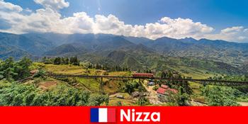 Dengan kereta api melalui kampung-kampung dan pergunungan di pedalaman Nice France