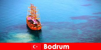 Lawatan kelab untuk ahli-ahli dengan rakan-rakan di Bodrum Turki yang indah