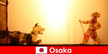 Osaka Jepun bawa pelancong dari seluruh dunia dalam perjalanan hiburan komedi