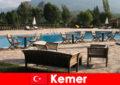Penerbangan murah, hotel dan sewa ke Kemer Turki untuk percutian musim panas dengan keluarga